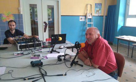 Christian ROUSSELIN (administrateur de la fédération de l'Orne) répond aux jeunes à la radio